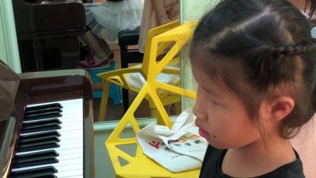 樊贝婷的学生