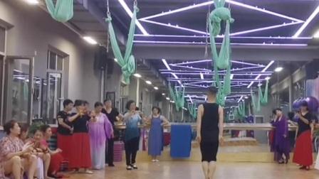 沈阳小白老师古典舞【我和我的祖国】完整版正面