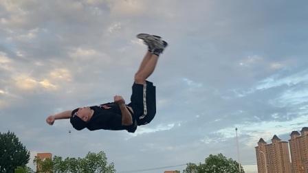 我的练习时刻校园户外跳舞bboy浩然HR
