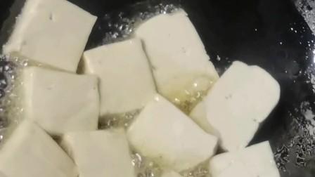 香煎豆腐家常乡里豆腐的做法家常菜一日三餐诗妈下厨房学做菜烹饪美食下饭菜简单快手菜