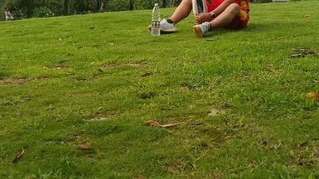 体验一下草地的乐趣
