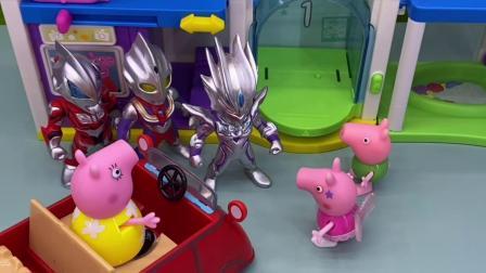 小玩具:逛商场也可以碰到奥特曼