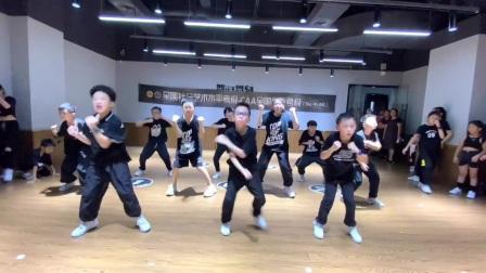 杭州临平舞时舞刻街舞万宝城校区少儿urban集训课