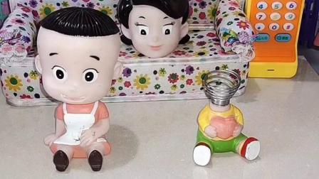 趣事童年:大头儿子的衣服是哪一个呢