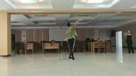南阳花园民族舞