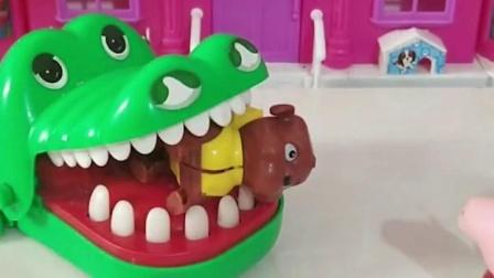 鳄鱼要把小狗吃了快来救救小狗吧