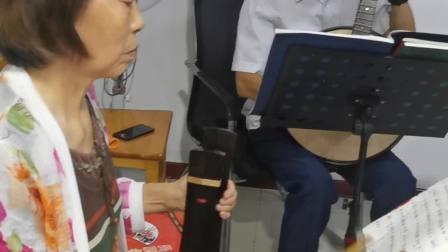 姜丽娥、李宝云演唱吕剧《借亲》选段:见窗影喝酒