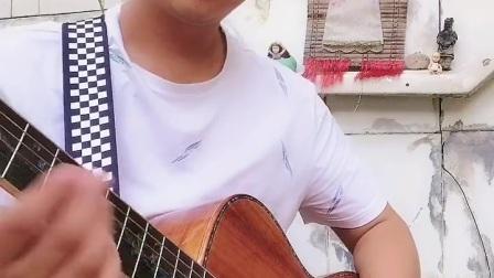 平凡之路吉他独奏郭咚咚