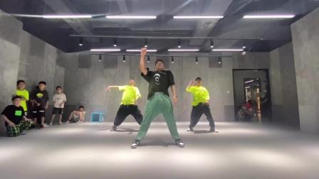 临平街舞舞时舞刻国庆集训urban课程