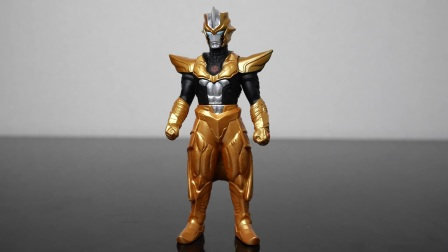 日本玩傢介紹「老子是究極生命體,亞佈索流蒂人之戰士」超級怪獸繫列之泰爾太諾斯軟膠公仔