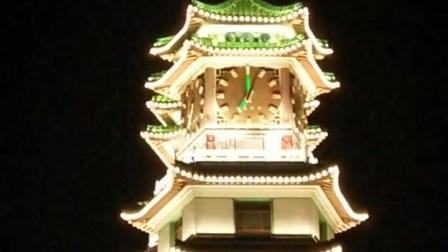 郑州市二七塔的钟楼下午7点报时《东方红》(烟台持久钟表集团)