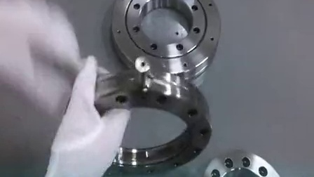 RU型交叉滚子轴承BYC洛阳轴承现场测量仅为0.001mm的跳动 机器人手臂用