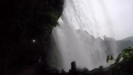 雨后的芙蓉镇瀑布湾