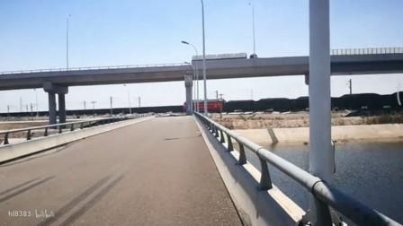 津沽公路道口会车