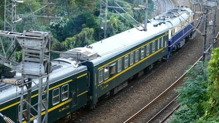 【亮点注意】东风11-0371牵引T7785机后附挂维修车