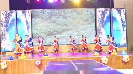 舞蹈《洗衣歌》:君子兰艺术团表演