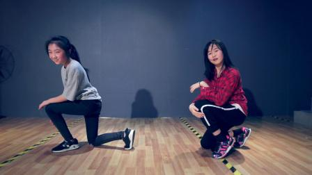 莎莎老师少儿爵士舞课堂视频