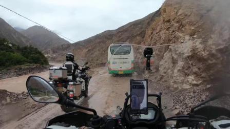进入西藏摩旅天天下雨 豪车都受不了  TT工作室