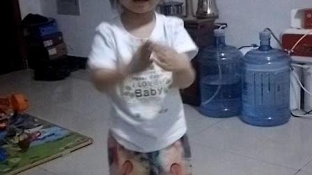 红山果4岁女儿