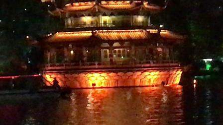 桂林两江四湖双塔夜景