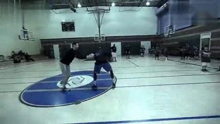 我在篮球教学 美国儿童篮球基础训练截了一段小视频