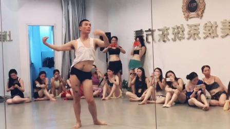 上海专业肚皮舞教学 2018原创《Drumsolo》贺晓明