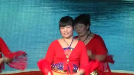 """我在2015.2.24美林街道""""首航杯·美林珠渊""""迎春歌舞晚会下截了一段小视频"""