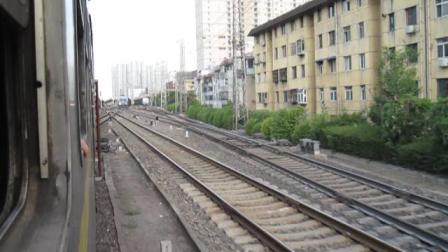 广元-宝鸡6064次列车驶入宝鸡站2站台5道(宝成线上行)  20170726  18:15
