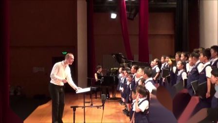 霍洛韦童声合唱团,卢长剑指挥- 王立平《大海啊故乡》