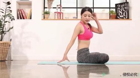美女跪姿挺腰后仰体式,治疗腰突,打开盆骨促进腔体微循环