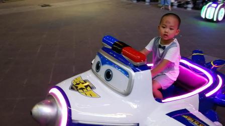 包警长 超级飞侠 儿童游乐场(宝宝3岁4个月)