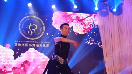 Mejance2018艾瑞塔文化周表演-官生松