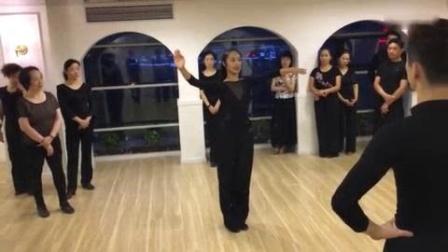 我在319、上海-司佩杨,张梦老师狐步舞教学第4课截了一段小视频
