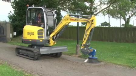 挖机辅具之道路强力清扫刷