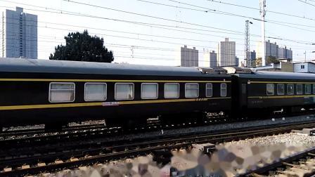 K368次(敦煌——西安)进咸阳站4道