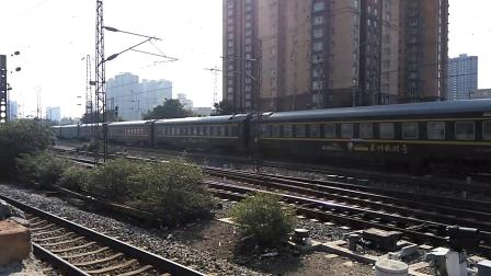 Z217/6次(上海——兰州)高速通过咸阳站1道