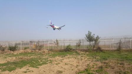 西部航空A320降落济南遥墙机场