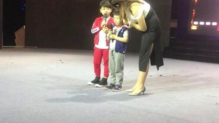 """可乐参加CCTV中学生《非凡少年》选拔见到了孙俪的""""儿子""""小童星韩远琪❤️"""