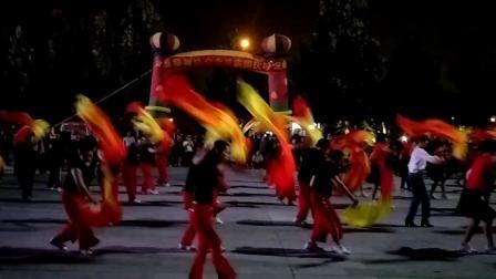 兰考县操舞协会会员庆国庆联谊会开场舞《中华情》