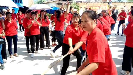 广西省来宾市良圹贡村姐妹聚会