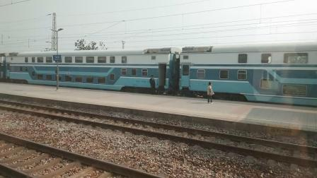 K1012(上海-石家庄北)清河城站出站踩临客K5228(清河城-北京)