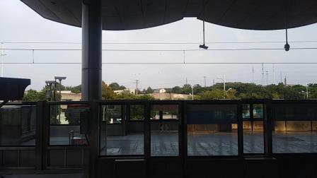 南京地铁一号线(093094)安德门入地。