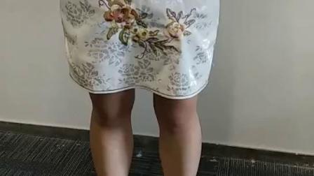 腰夹的穿着方式(二):