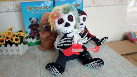 爱你宝贝礼品屋电动毛绒玩具吉他鬼唱歌跳舞