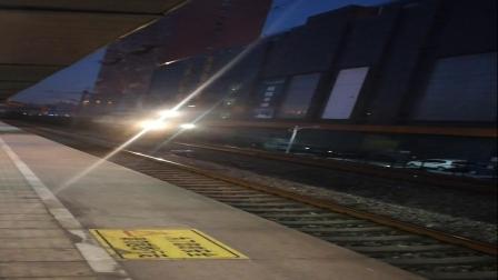 大明湖站货车通过