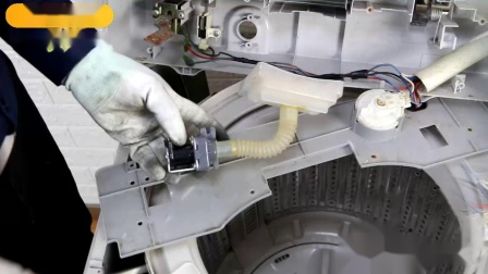 三洋波轮洗衣机进水阀更换方法
