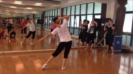 形体舞蹈《我和我的祖国》背面演示