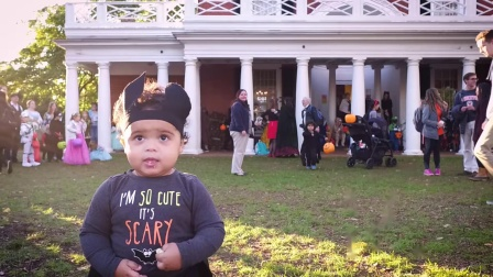 UVA Halloween Trick-or Treating on The Lawn
