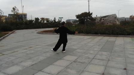 太极杨背面演练24式太极拳CIMG0907