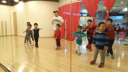 皮卡丘舞蹈2